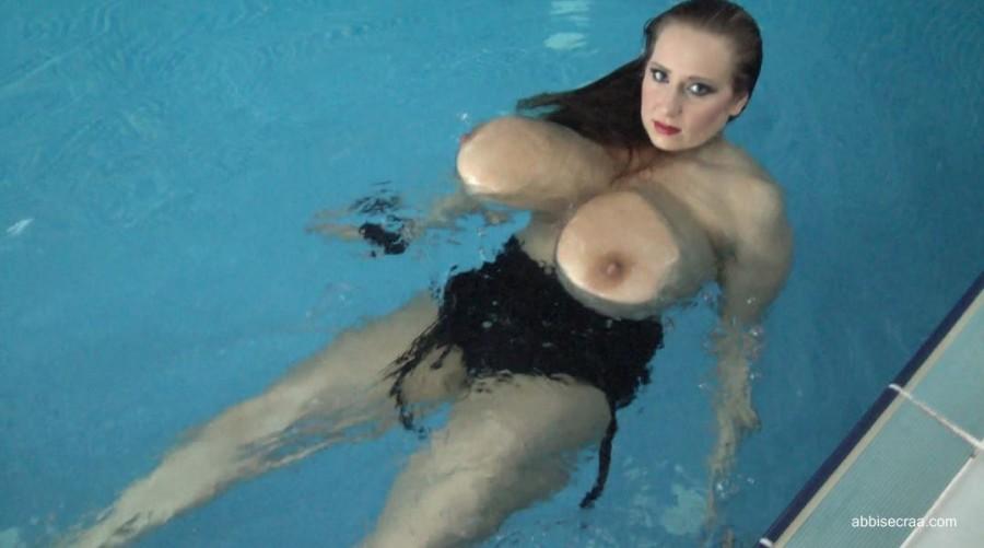 Black swimsuit - movie