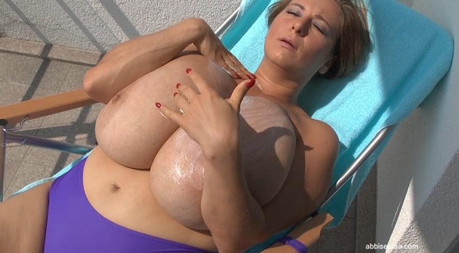 Purple bikini on terrace - movie