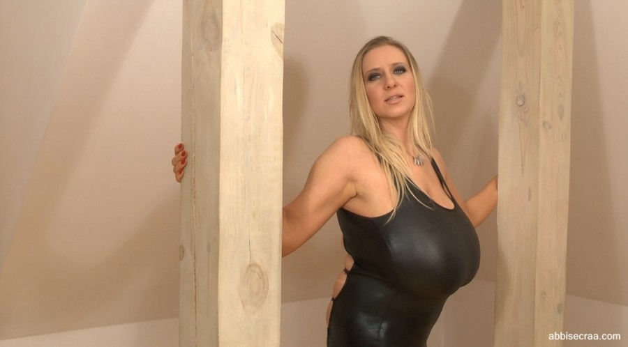 Tight lycra and regular outfit - movie