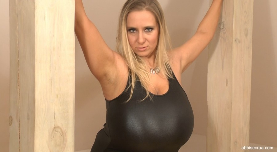 Tight lycra and regular outfit-screen grabs