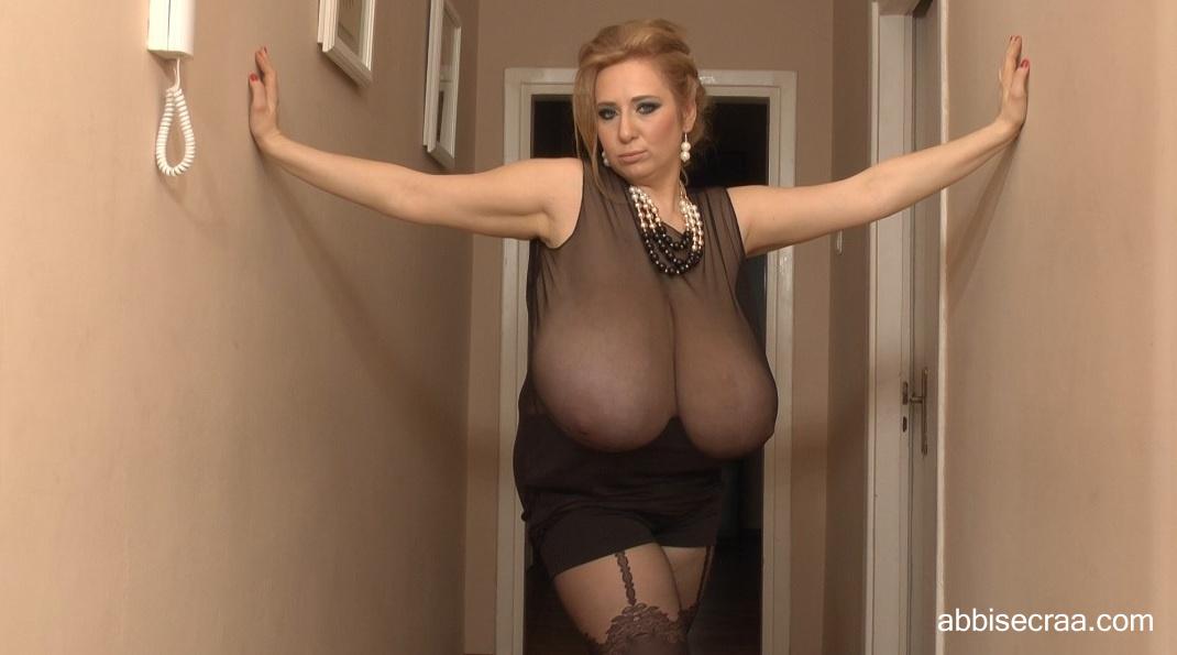 Wide breasts narrow corridor - photos