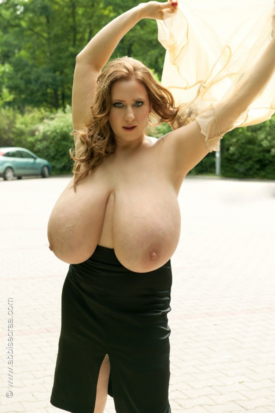 Abbi Secraa's breasts evolution - Hi-res pictures