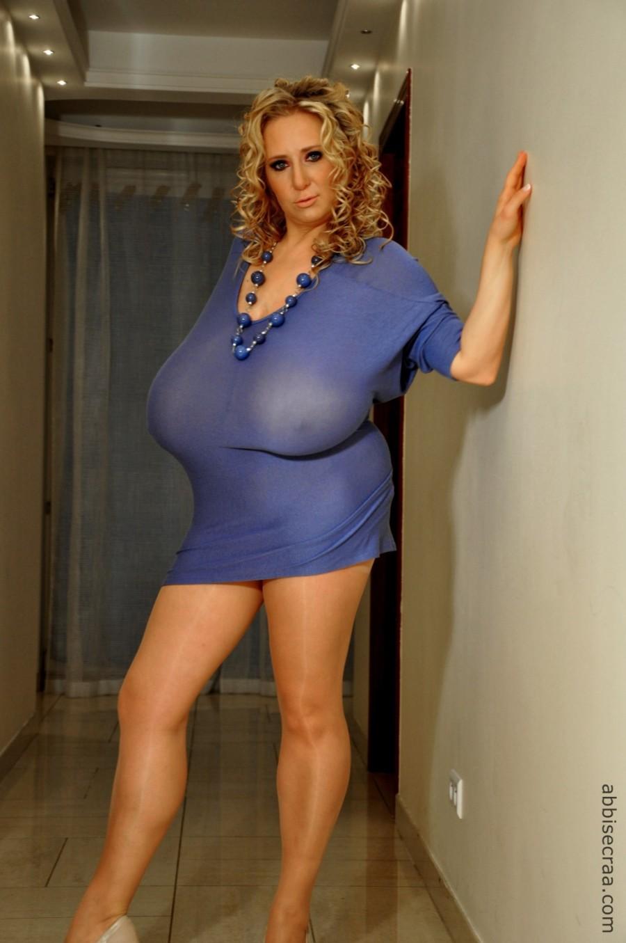 Slightly hidden sexiness - photos